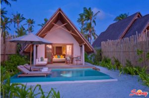 Pool Beach Villa Sunset - Fushifaru Maldives