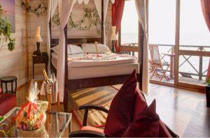 Sangu Water Villa Honeymoon Suite - Kuredu Island Resort