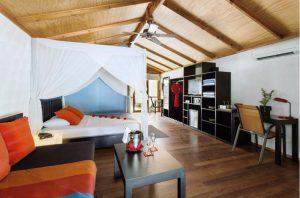 Jacuzzi Beach Villa - Meeru Island Resort & Spa