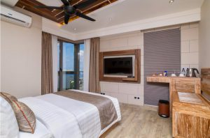 DELUXE DOUBLE WITH OCEAN VIEW & BALCONY - Samann Grand, Male