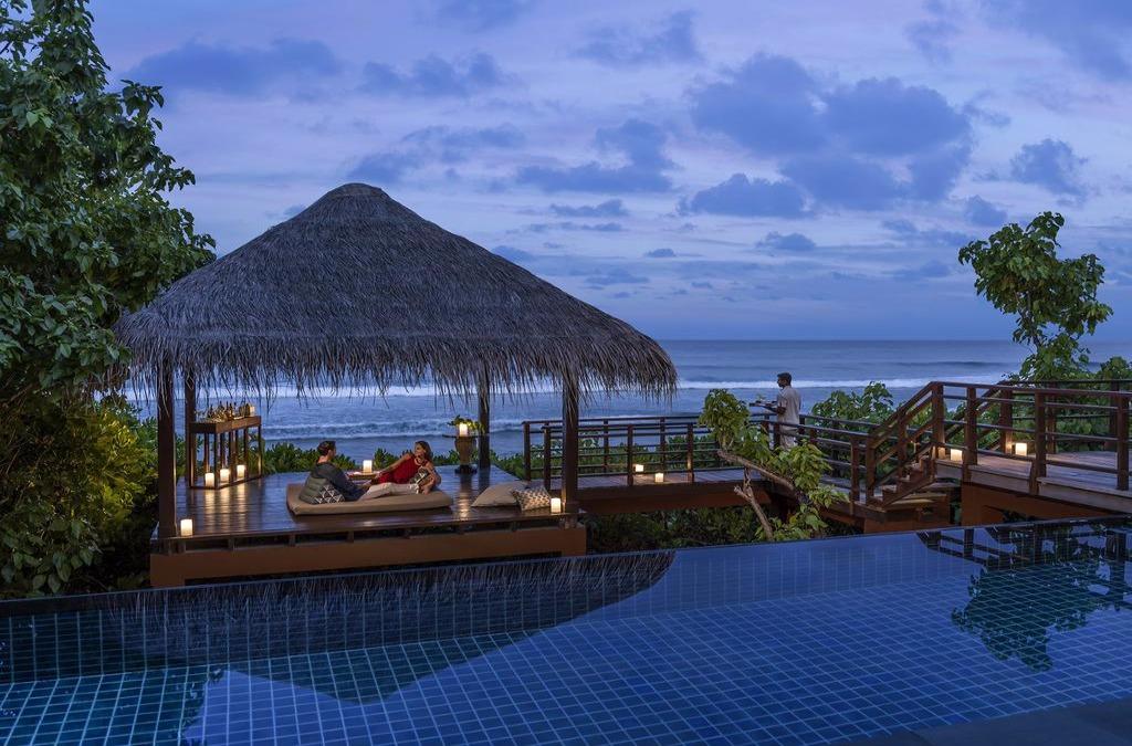 Shangri-Las Villingili Resort and Spa
